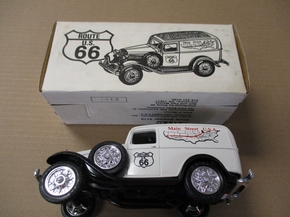 "ERT-9116   1932 FORD PANEL  ""ROUTE 66"" BANK  1:25"