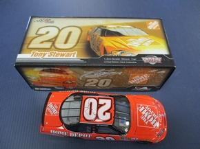 Action Racing Collectible- C207821HDTSGMC Tony Stewart #20 HOME DEPOT 2007